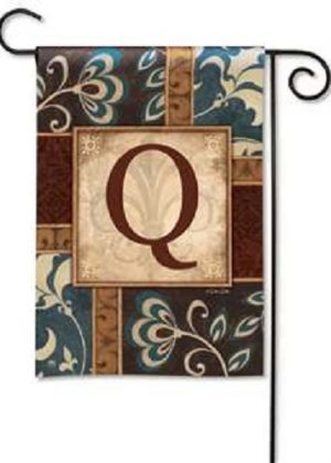 Personal Elegance Monogram Q Garden Flag | Garden Flags | Garden House Flags