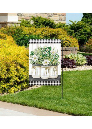 Farmhouse Daisies Garden Flag | Floral Flags | Spring Flag | Garden Flag