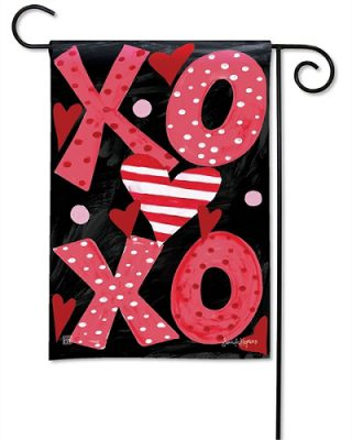 Hugs & Kisses Garden Flag | Valentine Flags | Valentine's Day Flags