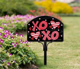 Hugs & Kisses Yard Sign | Yard Signs | Address Plaques | Address Signs